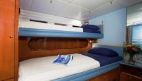 Sailing yacht APACHE -  Double + Single Upper bunk